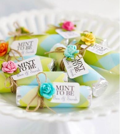 Diy Bridal Shower Gift Ideas For Guests : Source: lisastorms.typepad.com via Kelly Leff on Pinterest