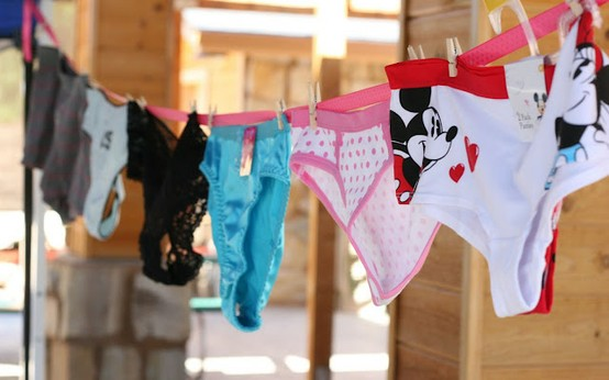 7 fun bachelorette party games and activities trueblu bridesmaid