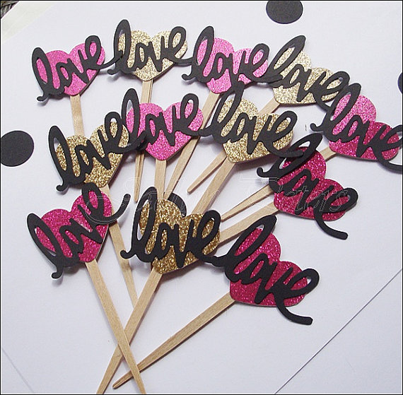 love-cupcake-toppers