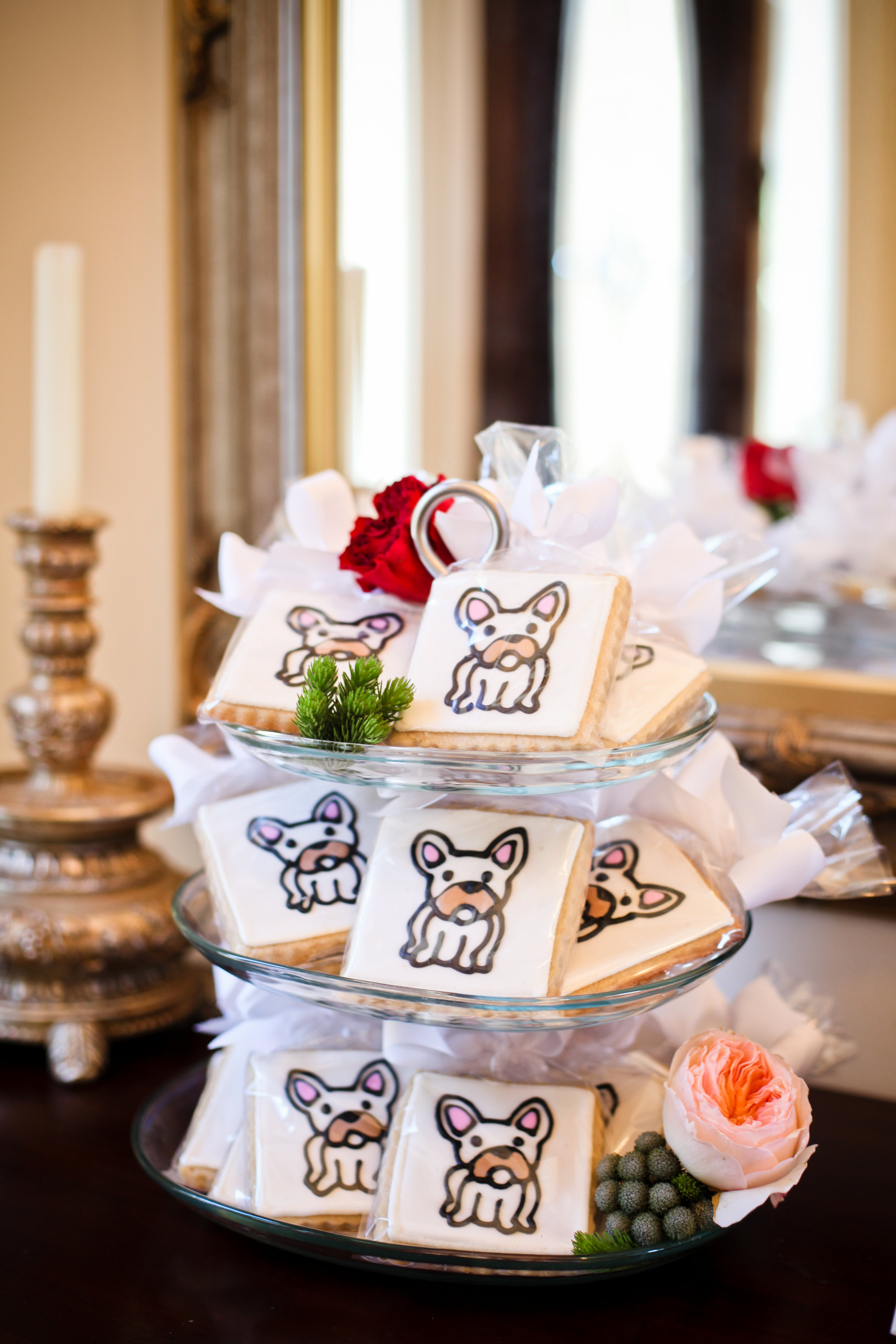 A Modern, Bulldog Inspired Bridal Shower