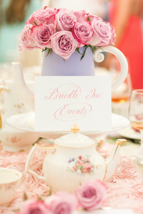 a tea party bridal shoot that will inspire you during your planning phase see the beautiful images captured by kiyah and glorious moments photography